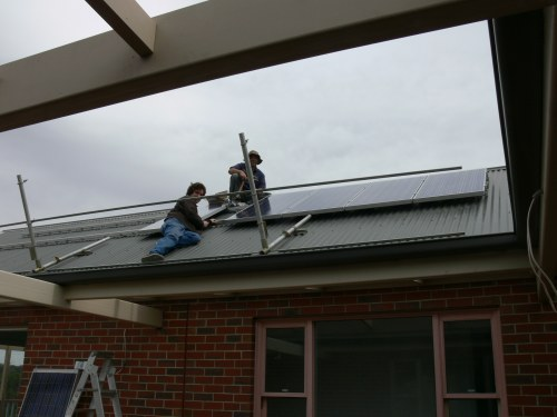 Piers from Gee-tek installing the system.
